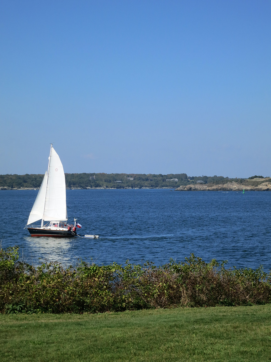 (above) I don't know much about sailing, but this was a novel site for me. I know there's sailing in and around Dallas on our manmade lakes, but it's just not the same.