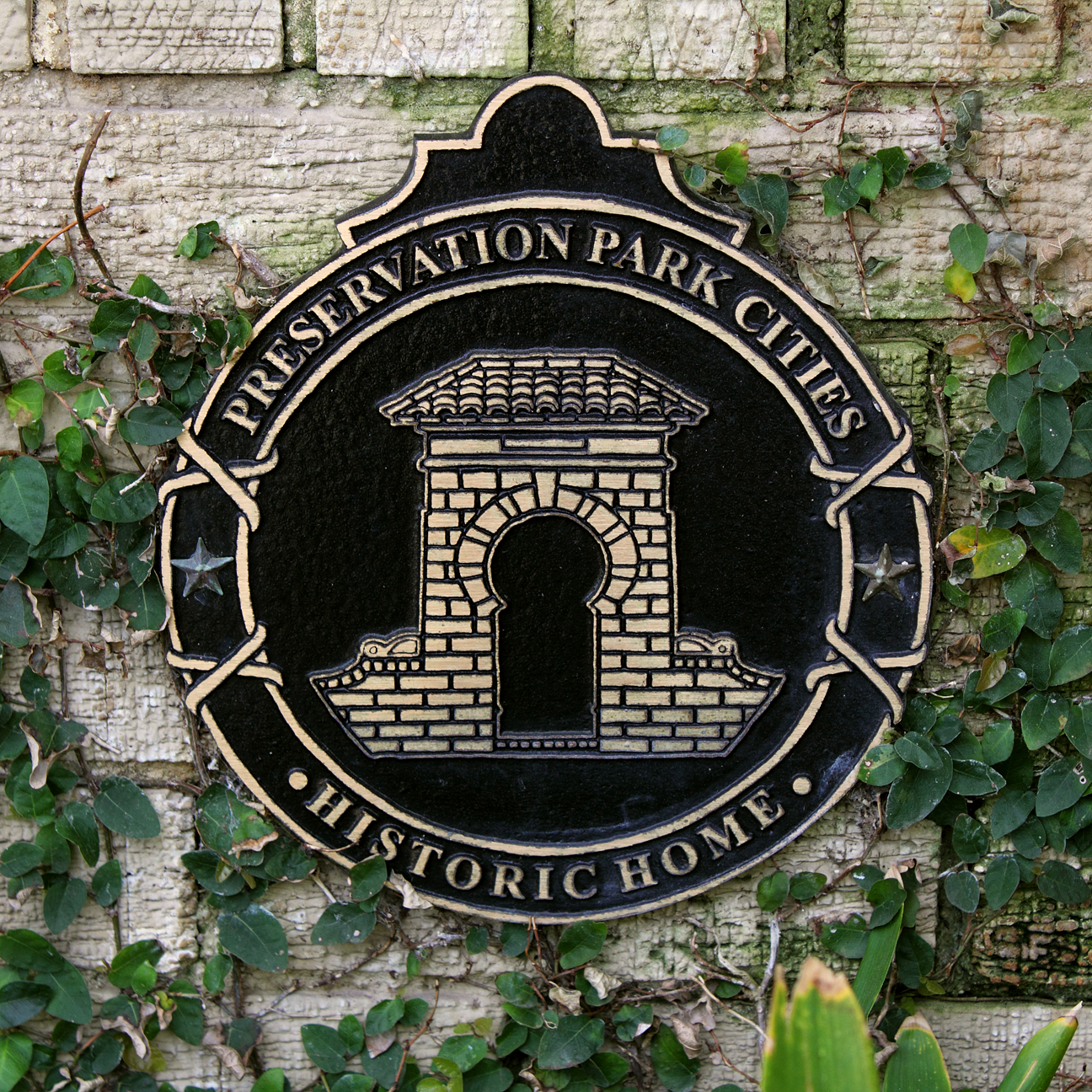 plaque-historic_0059-sq