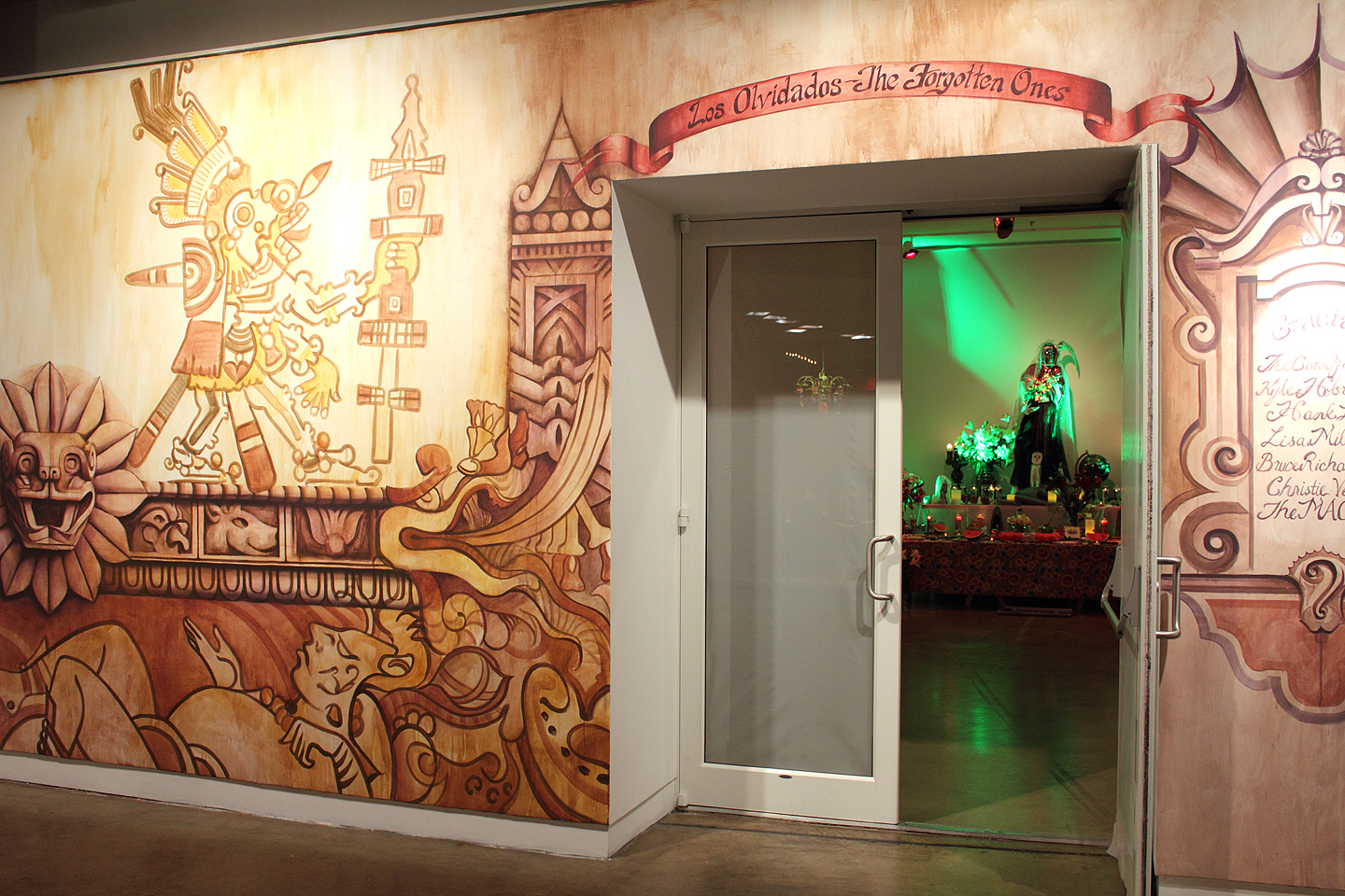 Above is the gallery entrance designed and painted by Dallas artist Kyle Hobratschk.
